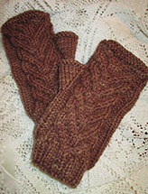 Whose Who's Cabled Mitts