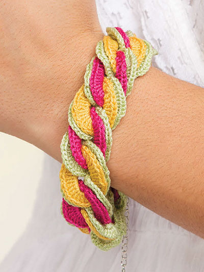 Brittany Interlocking Bracelet