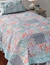 Gentle Breeze Bed Quilt