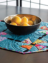 Spinning Flower Table Mat
