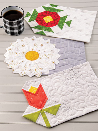 EXCLUSIVELY ANNIE'S QUILT DESIGNS: Floral Mug Rugs Quilt Pattern