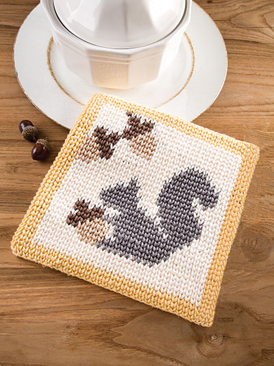 Happy Squirrel Hot Pad Crochet Pattern