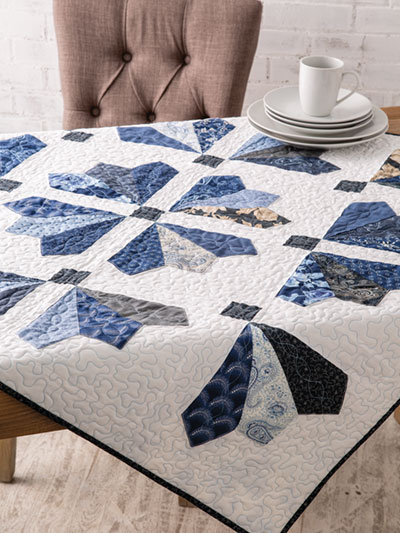 Winter Icicles Table Topper Quilt Pattern