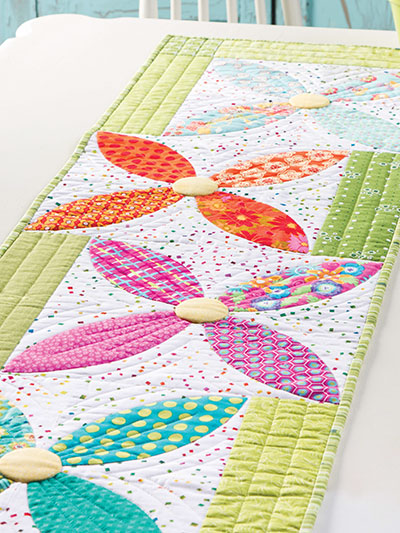 Summer Blooms Table Runner Quilt Pattern