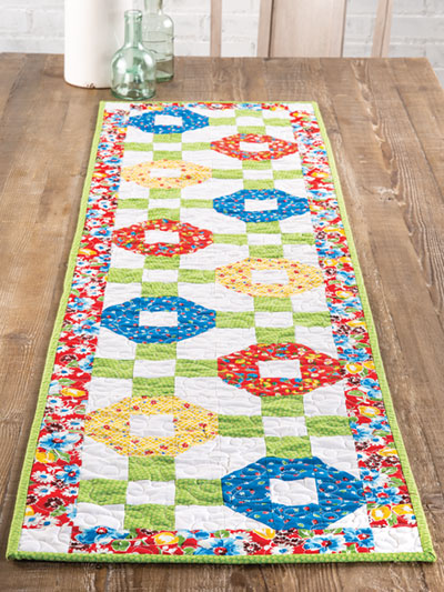 EXCLUSIVELY ANNIE'S QUILT DESIGNS: Sweet Blooms Table Runner Pattern