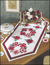 Sweetheart Wreath Table Runner & Coasters