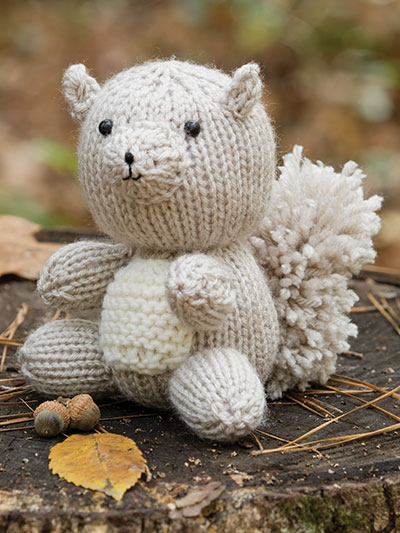 Knitting Pattern Small Animals : Nutty Squirrel