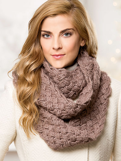 Endless Cables Cowl
