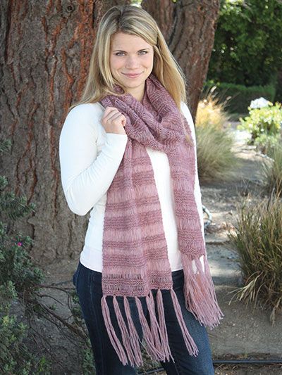 Annie's Signature Designs: Soho Breeze Scarf Knit Pattern