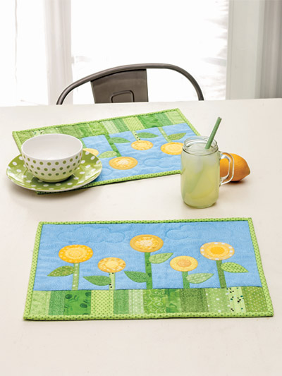 EXCLUSIVELY ANNIE'S: Flowering Place Mats Quilt Pattern