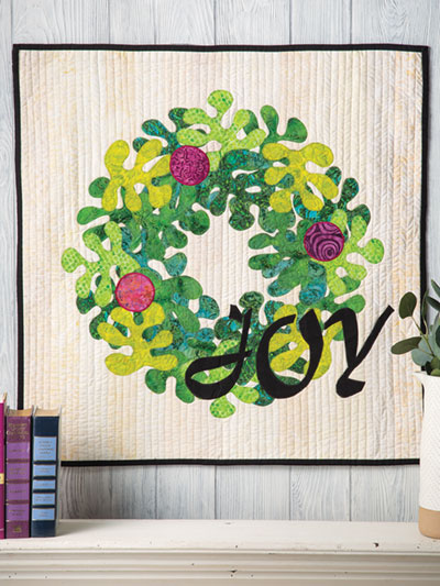 EXCLUSIVELY ANNIE'S QUILT DESIGNS: Joy Wreath Wall Hanging Pattern