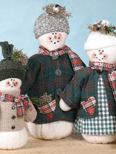 Frosty Snow Family Centerpiece