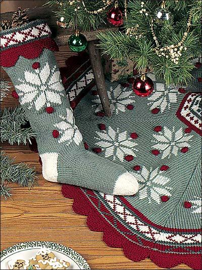 Knitting Holiday Seasonal Scandinavian Snowflake Tree Skirt