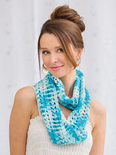 Shades of Blue Cowl Crochet Pattern