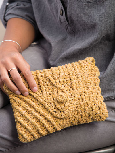 Cabled Clutch Crochet Pattern